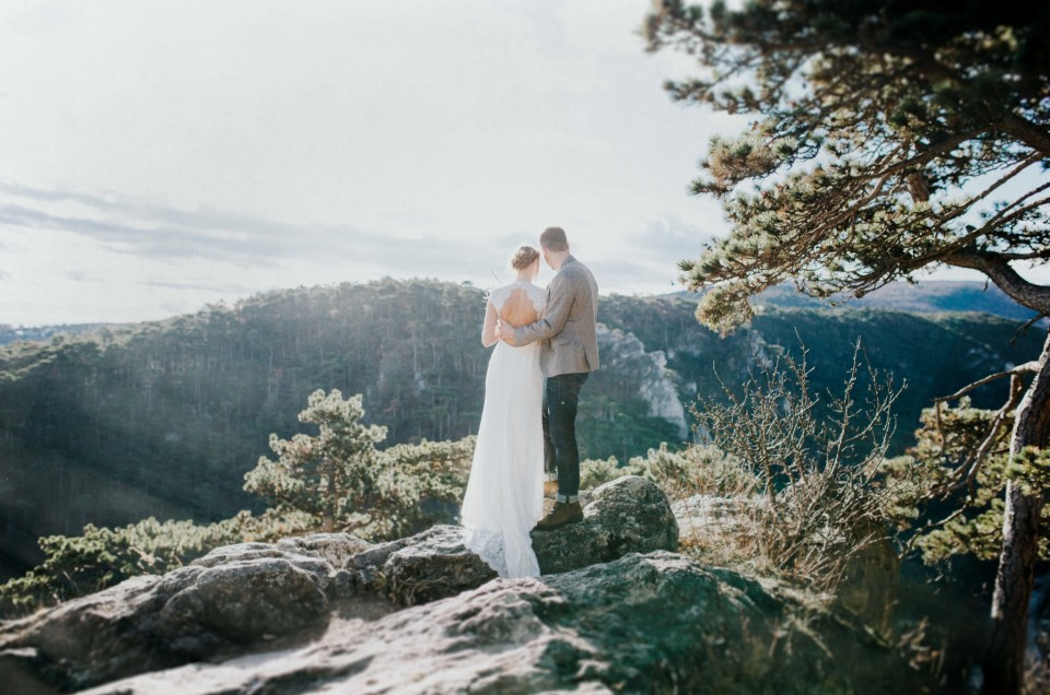 Spring mountain wedding inspiration